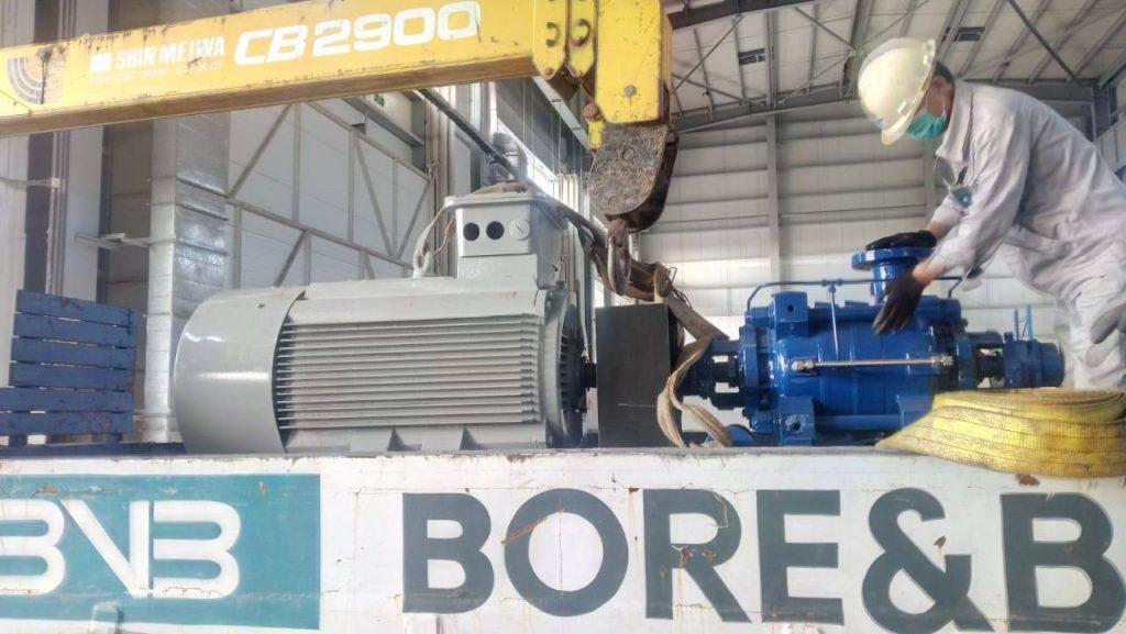 BNB team mobilizing the Hi Jet pumps for backwashing and commissioning at site